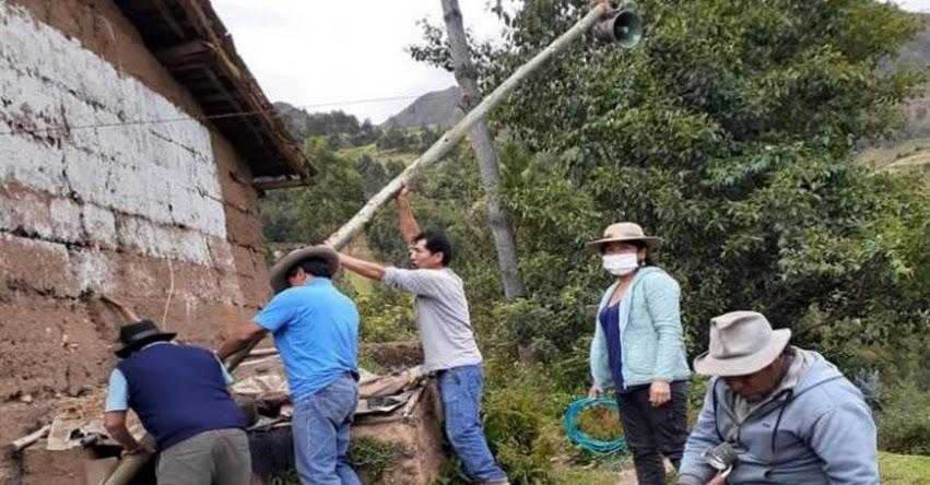 REGISTRO DE INICIATIVAS PEDAGÓGICAS: Docentes de Maribamba instalan altoparlantes para retroalimentar a estudiantes - www.fondep.gob.pe