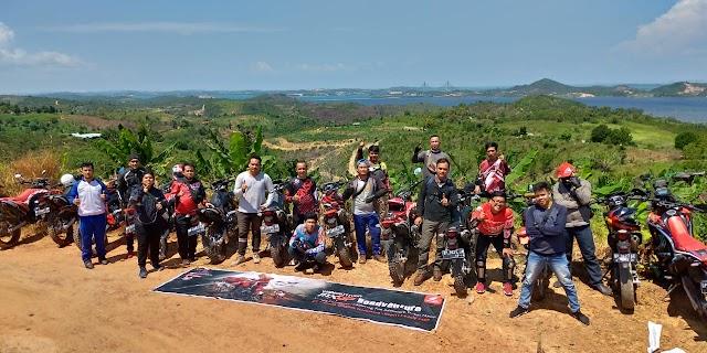 """Sambut MXGP Indonesia, Komunitas & Konsumen CRF Batam """"Trabas Bareng"""""""