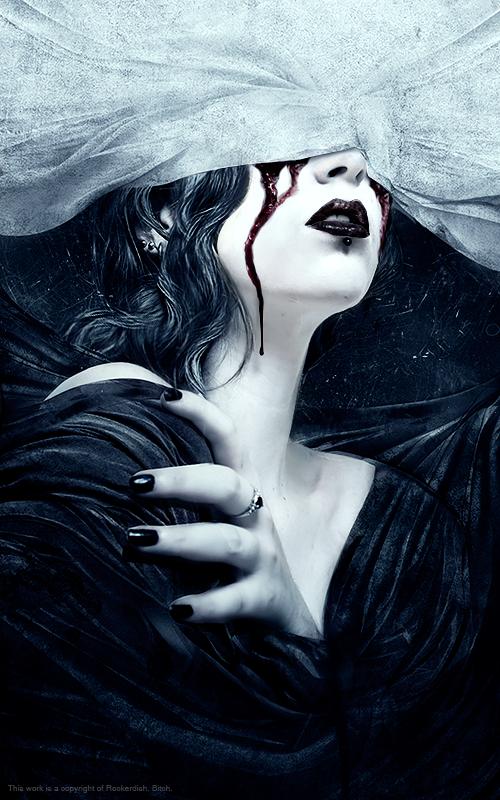 gothic vampire bloody girl - photo #5