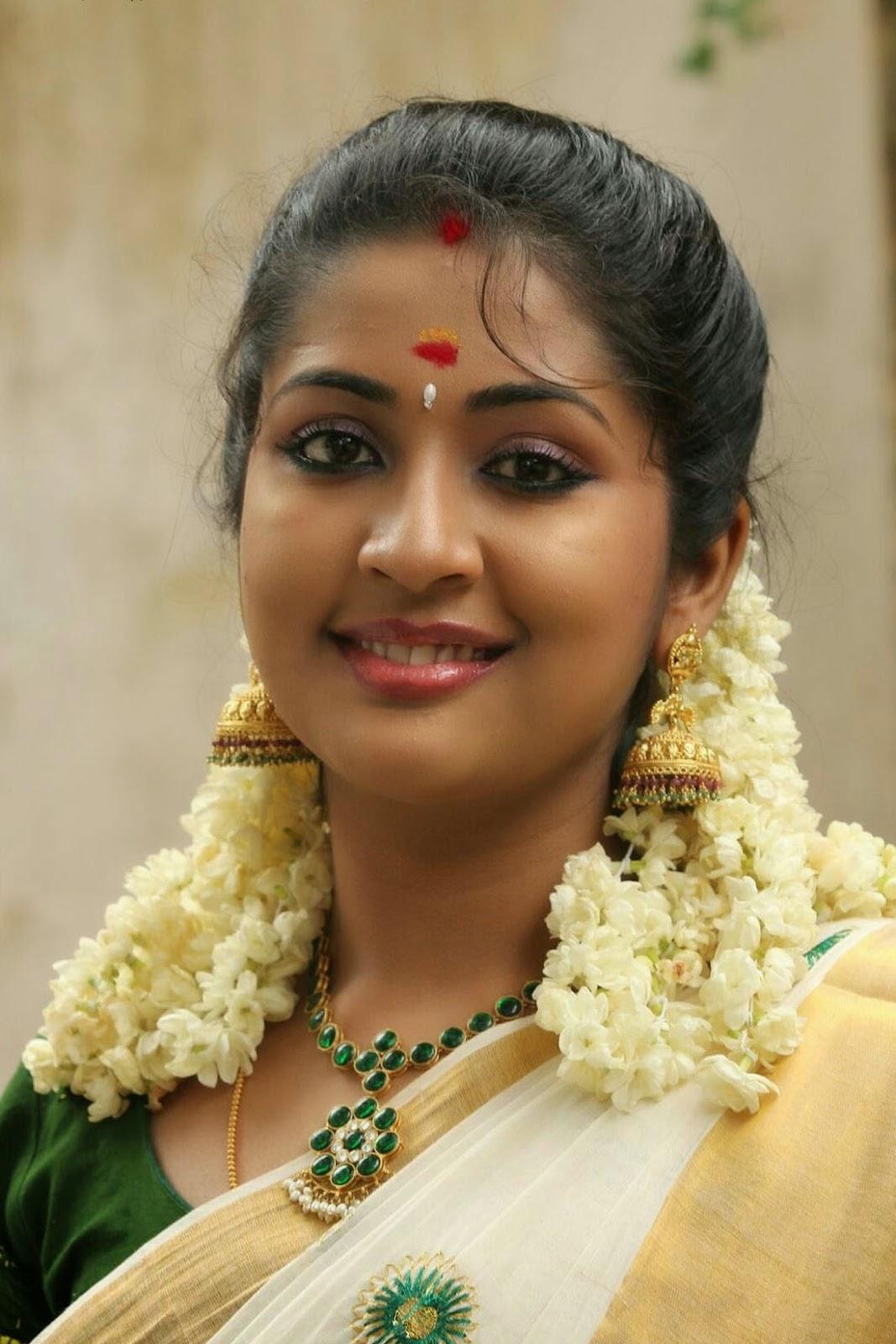 Actress Hd Gallery Navya Nair Kannada Actress Latest -9323