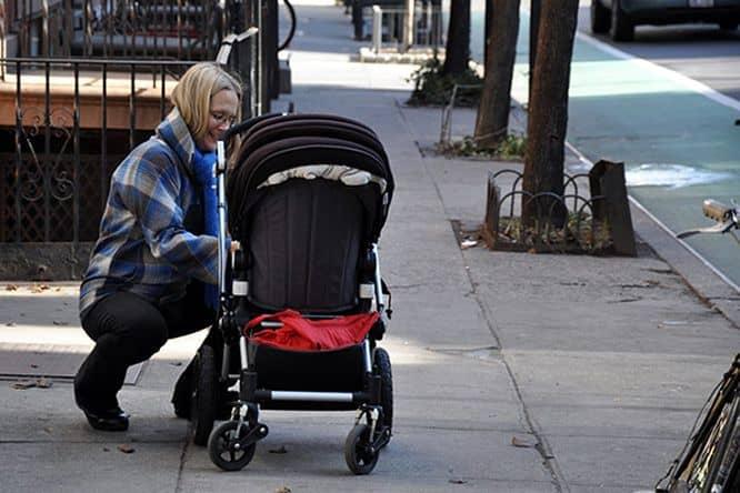 tips agar stroller aman digunakan saat perjalanan