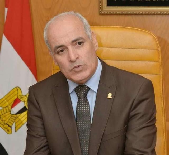 بالاسماء :رئيس جامعة الفيوم يصدر قرار تشكيل منسقي الأنشطة الطلابية بالجامعة
