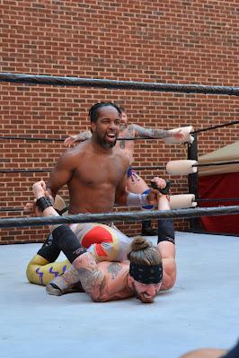 Gouge Wrestling, Ruby Deluxe