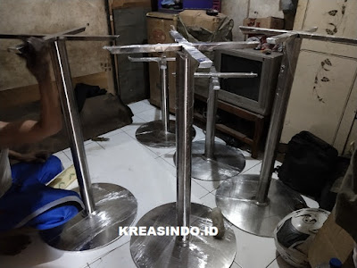Kaki Meja Stainless Bundar pesanan Bpk Robbie yang Ketiga untuk Graha Telkomsigma 2 Serpong Tangerang