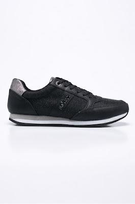 s. Oliver - Pantofi sport de dama negri de calitate la reducere