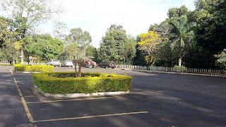estacionamento no Parque Municipal Santa Rita Passa Quatro