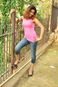 Aarthi glamorous photo gallery-thumbnail-28