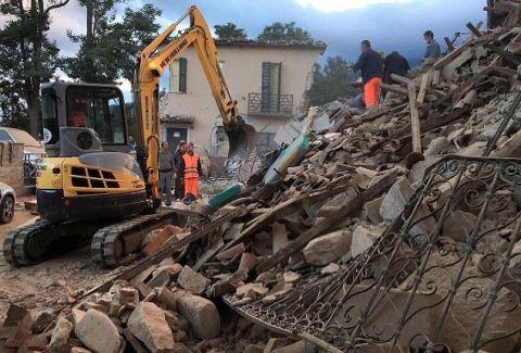 """""""Γκρεμίστηκε"""" η μισή η Ιταλία: Εικόνες από τον φονικό σεισμό στην Ιταλία που κόβουν την ανάσα!"""
