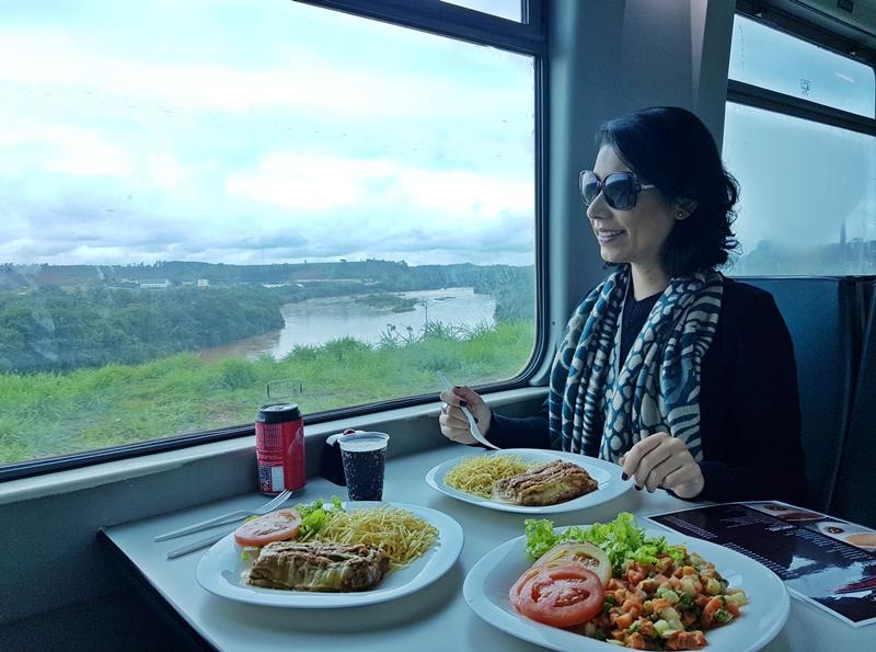 Vagão restaurante - Trem de Vitória a BH, Minas Gerais