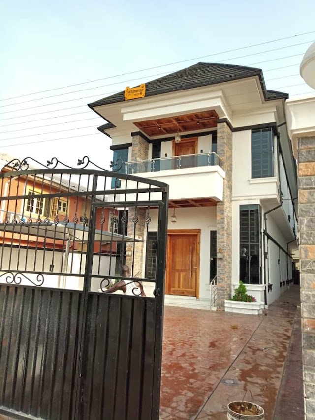 Now selling: Magnificent 5 Bedroom Fully Detached Duplex @CHEVY VIEW ESTATE LEKKI