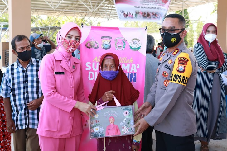 Ketua Bhayangkari Cabang Takalar, Saksikan Proses Vaksinasi Covid 19