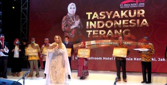 Hj.Rizayati SH MM Pengusaha Sukses Nasional  jadi Motivasi dan Inspirasi Bagi Seluruh Pelosok Desa