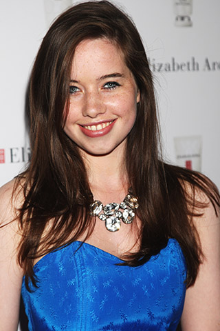 Anna Popplewell-Smile-Hot-Body-Parts