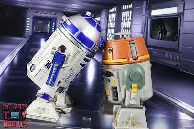 S.H. Figuarts R2-D2 44