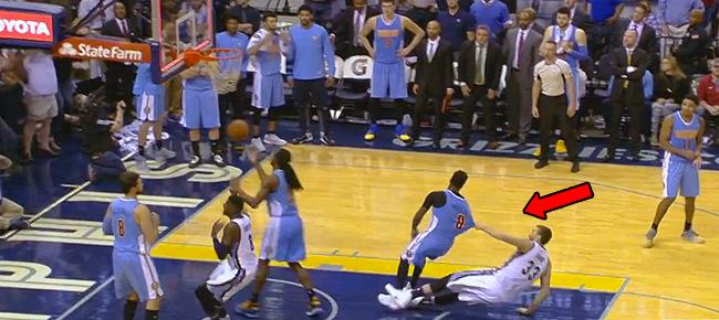 Top 10 NBA Plays: November 8th (VIDEO)