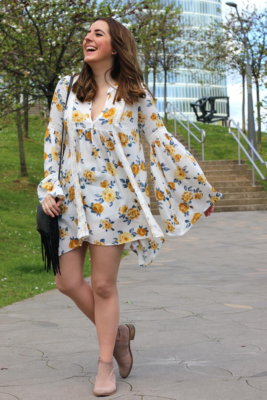 Vestido hippie para la primavera me myself my wardrobe - Paredero quiros bilbao ...