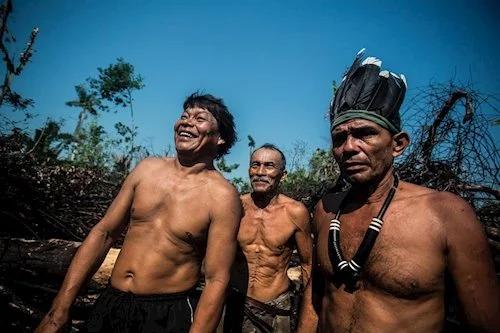 Los Yanomami, una alejada tribu del Amazonas reporta su primer caso de coronavirus