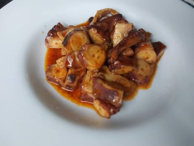Pulpo cocido al pimentón dulce