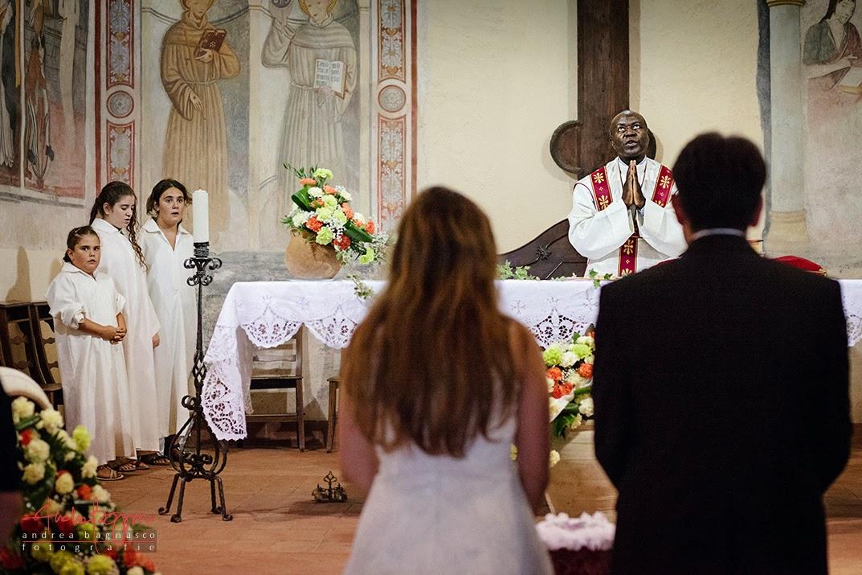 celebrazione matrimonio Santa Maria extra muros Millesimo