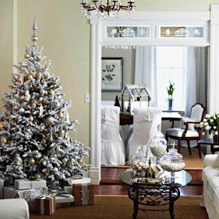 Contoh Dekorasi Pohon Natal 2015