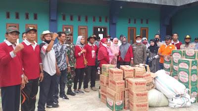 Warga Dorotangga Bantu Korban Terdampak Banjir di Desa Daha