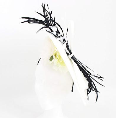 PV 2020 Blanco Negro 01  Tocado Nudo
