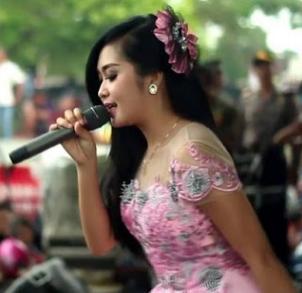 Download Kumpulan Lagu Eli Santika Mp3 Dangdut Koplo Terbaru