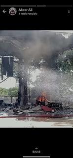 Diduga karena Korslet, sebuah mobil Avanza Veloz terbakar Usai pengisian di SPBU