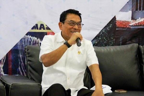 Rocky Gerung Sebut Jokowi Tak Paham Pancasila, Moeldoko: Kacamatanya Buram