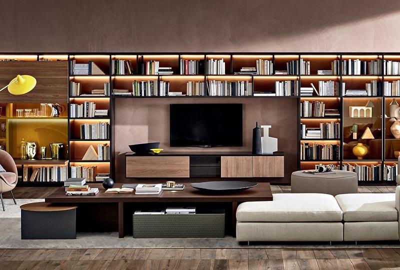 Il soggiorno moderno si arreda con le pareti attrezzate ...