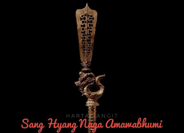 gambar tombak pataka sang hyang naga amawabumi