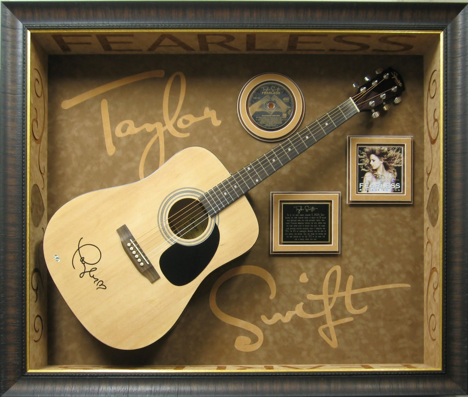 Here, The Guitar Is Displayed As A Work Of Art To Be Admired. Little Is  Taken Away From That Experience.
