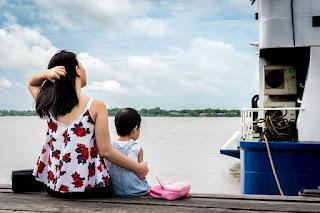 Ibu-Ibu Menjadi Blogger Separuh atau Sepenuh Masa