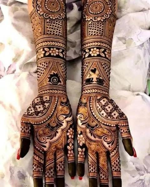 popular-full-hand-henna-art