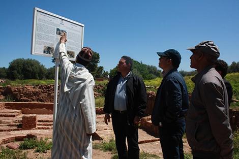 تارودانت بريس - Taroudantpress :عامل إقليم الحوز يتفقد فضاءات بالجماعات القروية