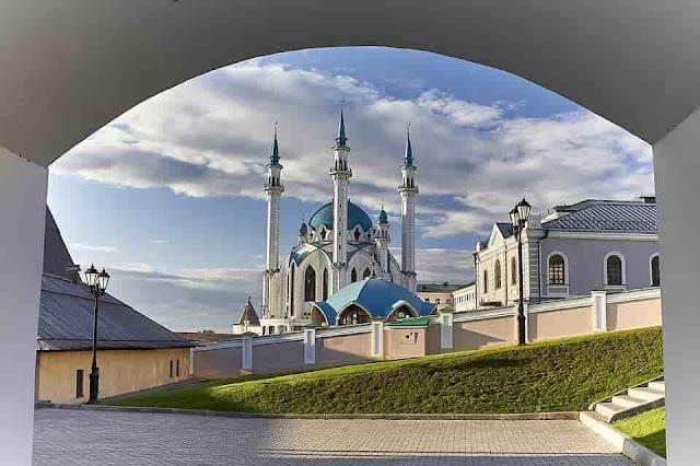 Keutamaan Dan Kedudukan Masjid