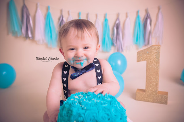 cake smash photo - rachel clarke photography