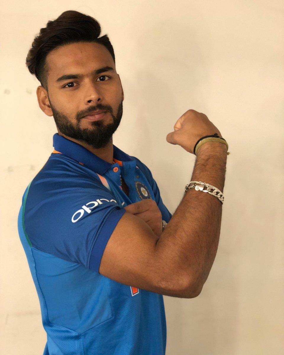 Rishabh Pant showing his Biceps