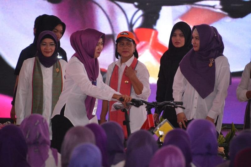 Ketua Persit KCK Daerah III/ Siliwangi Hadiri Kunker Hj.Iriana Joko Widodo Di Serang Banten