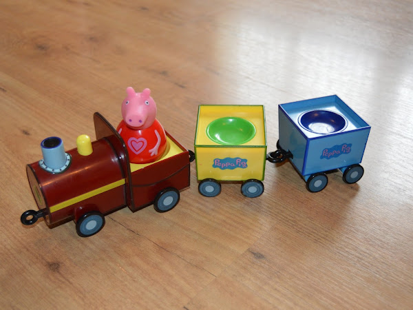 Peppa Pig Weebles Pull-Along Wobbily Train Review