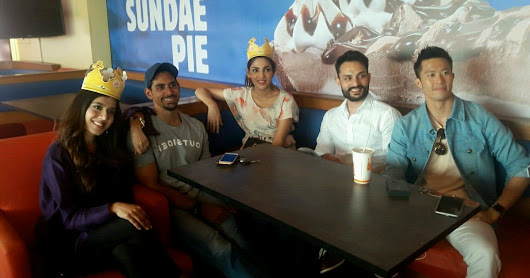 Chalay Thay Saath - Meet & Greet at Burger King Sea View