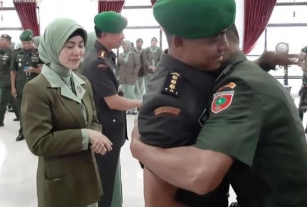 istri anggota TNI - fb
