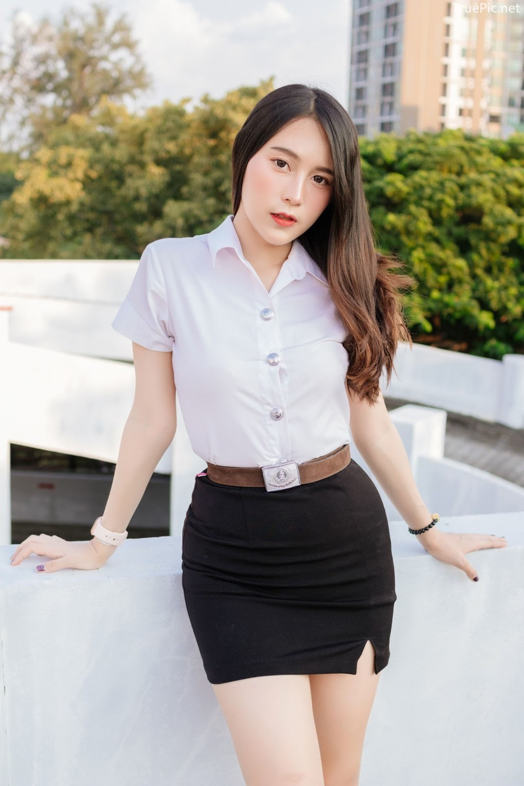 Thailand young model Lin Lee Hong with photo album Lovely Student - Picture 5