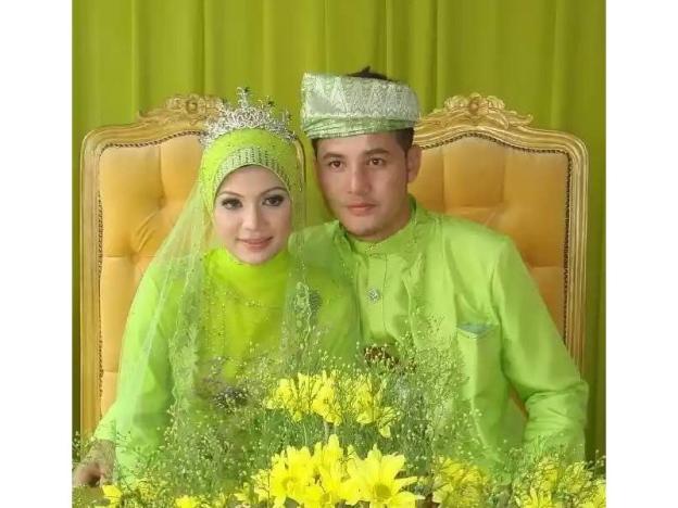 Aliff Syukri Warna Hijau Pucuk Pisang Ni Famous Masa Tu Buletin Malaysia