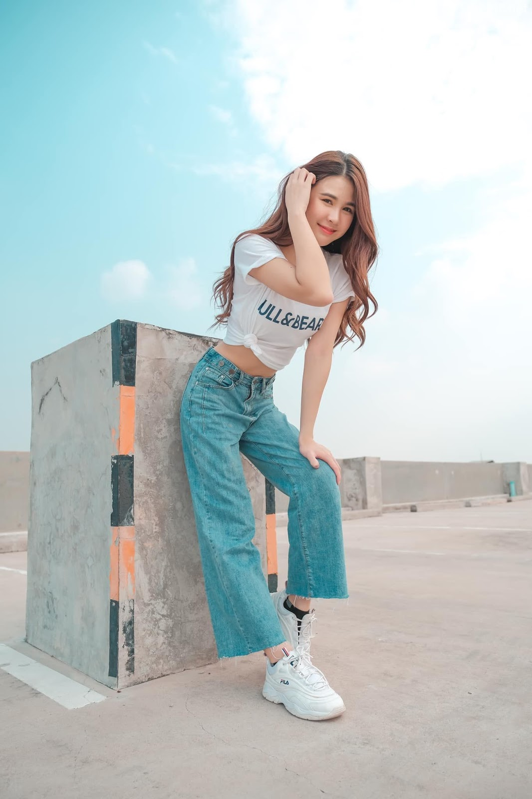 Thailan cute model - Supansa Yoopradit (Lorpor) - The terrace is full of windy afternoon - Picture 2