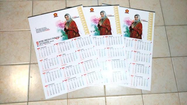 Kalender Dinding Partai