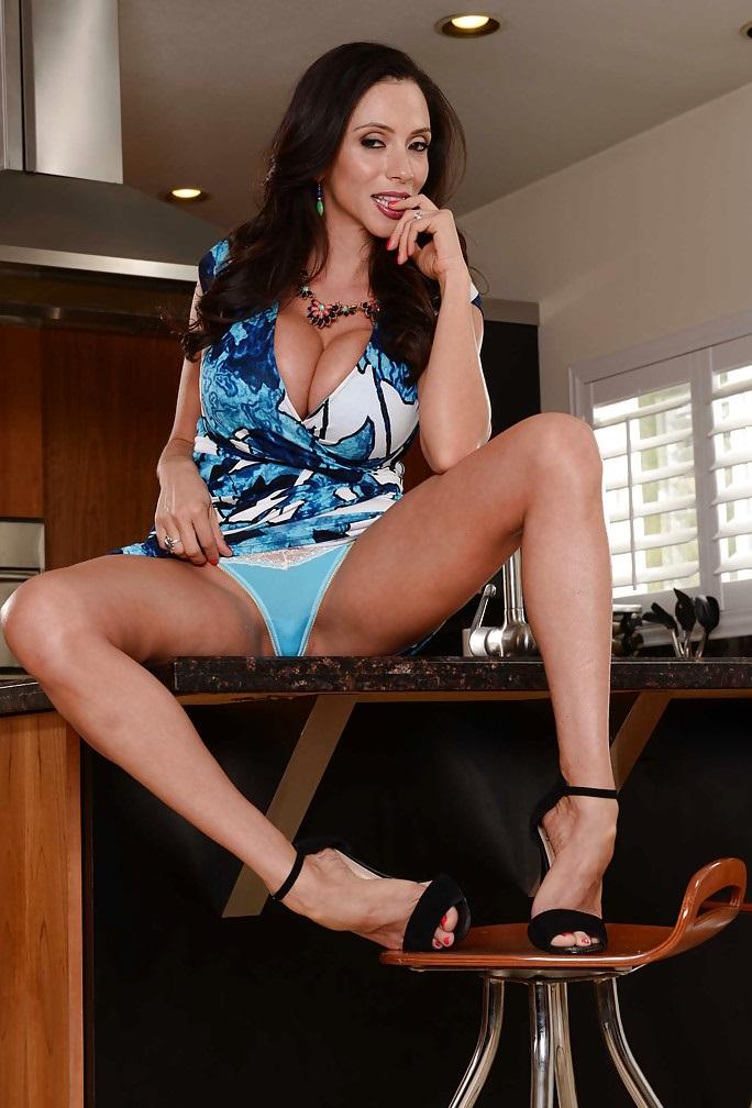 Arielle Ferrera Porn