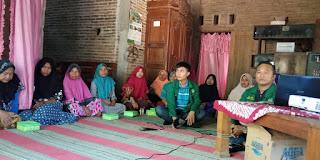 Kelompok Wanita Tani Jinggotan Dilatih Budidaya dan Pengolahan Ikan Lele