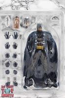 MAFEX Batman (Batman: Hush) Box 05