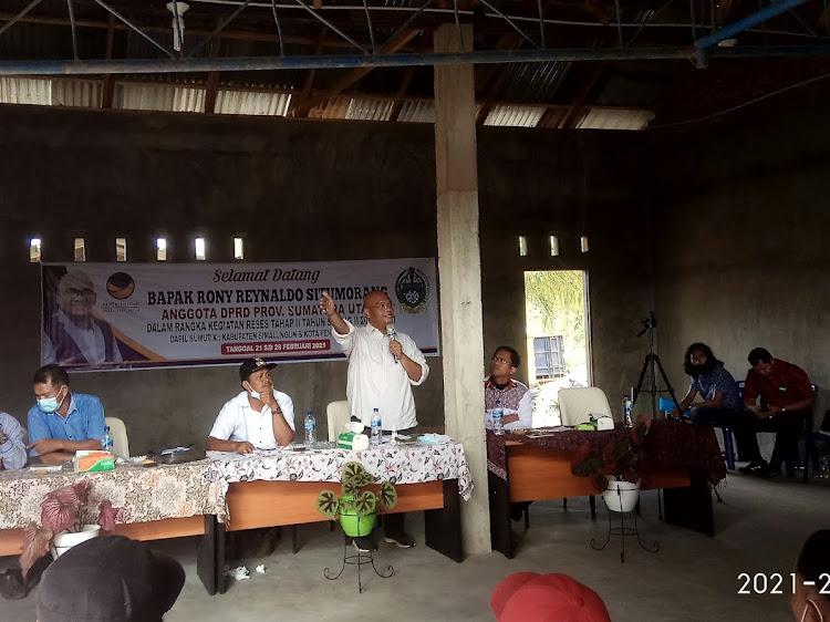 Rony Reynaldo Situmorang Reses di Nagori Marihat Dolok dan Marihat Pondok